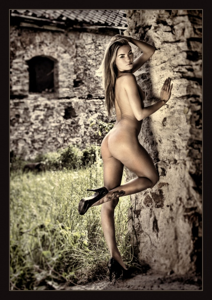 in the ruins5